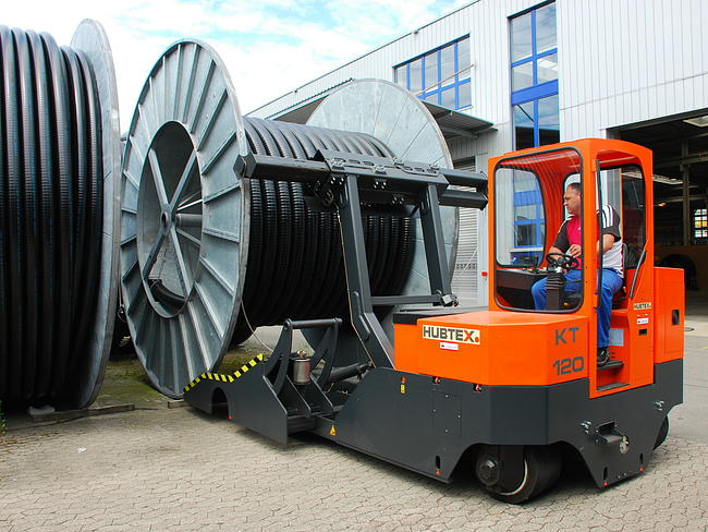 The drum transporter has a load capacity of 12 tons.