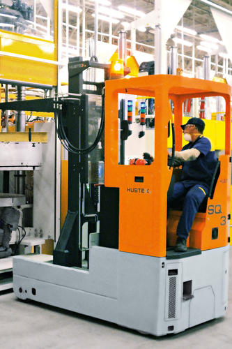 HUBTEX reach truck operating in the tire industry