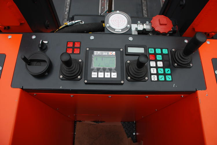 The control panel of a HUBTEX tool changer.