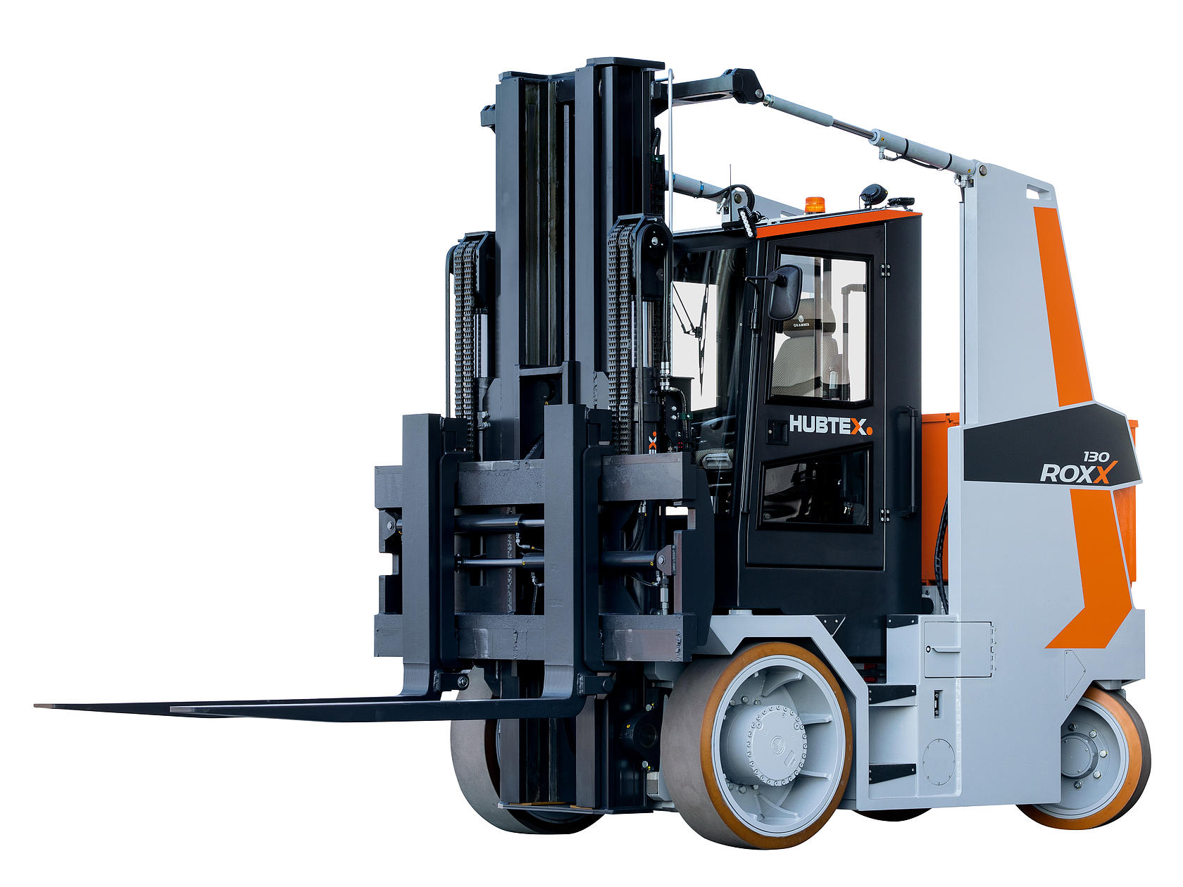 the new HUBTEX RoxX heavy-duty compact frontlift